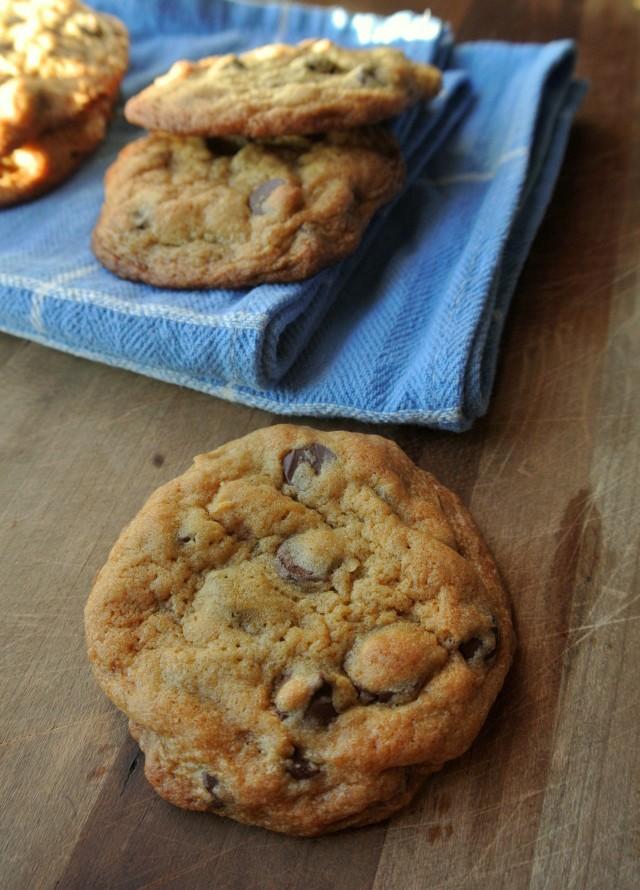 crispy chocolate chip cookie2